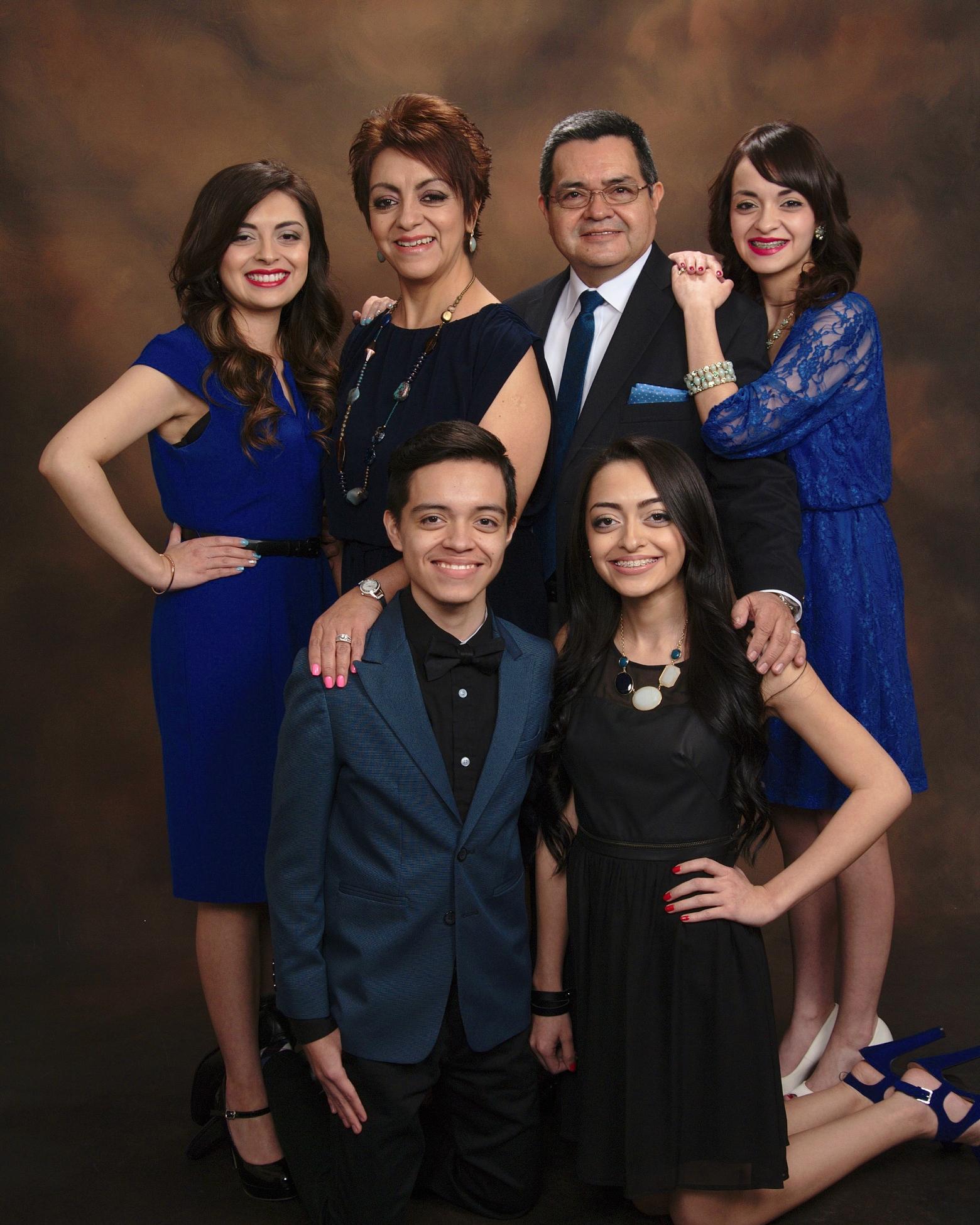 Mensajes y estudios bíblicos con el Pastor Enrique Juarez